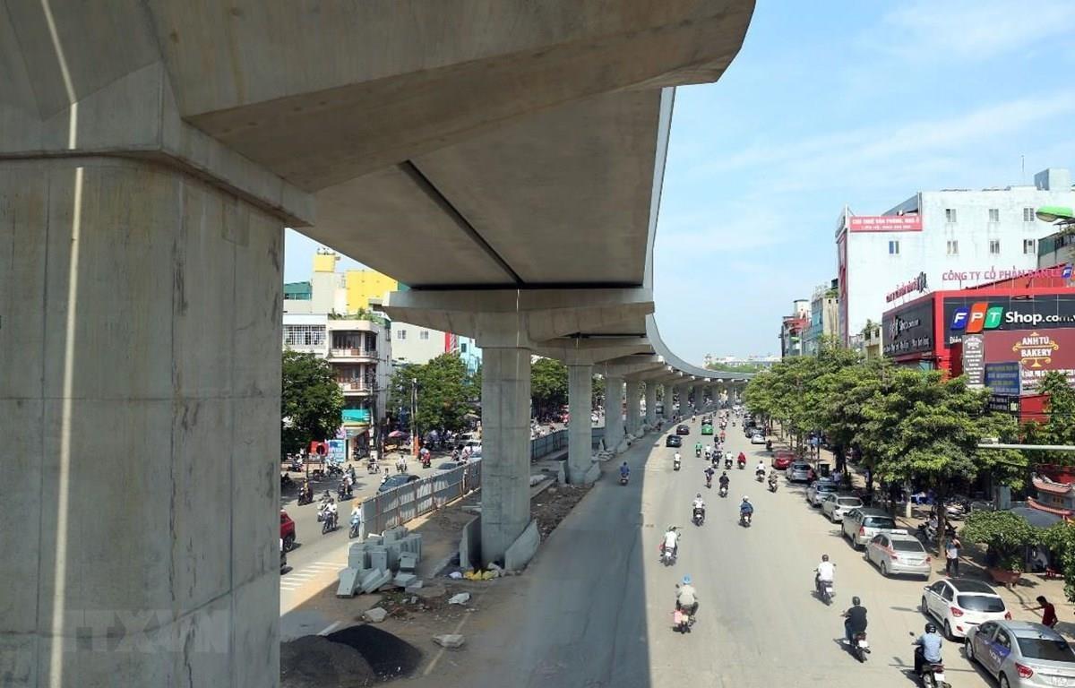 Dự án đường sắt đô thị Nhổn-Ga Hà Nội đã hoàn thành phần đi trên cao. (Ảnh: Huy Hùng/TTXVN)