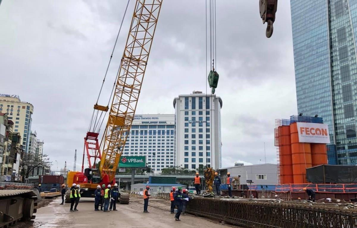 Chuẩn bị thi công ga ngầm tuyến đường sắt đô thị Nhổn-ga Hà Nội. (Ảnh: Tú Uyên)