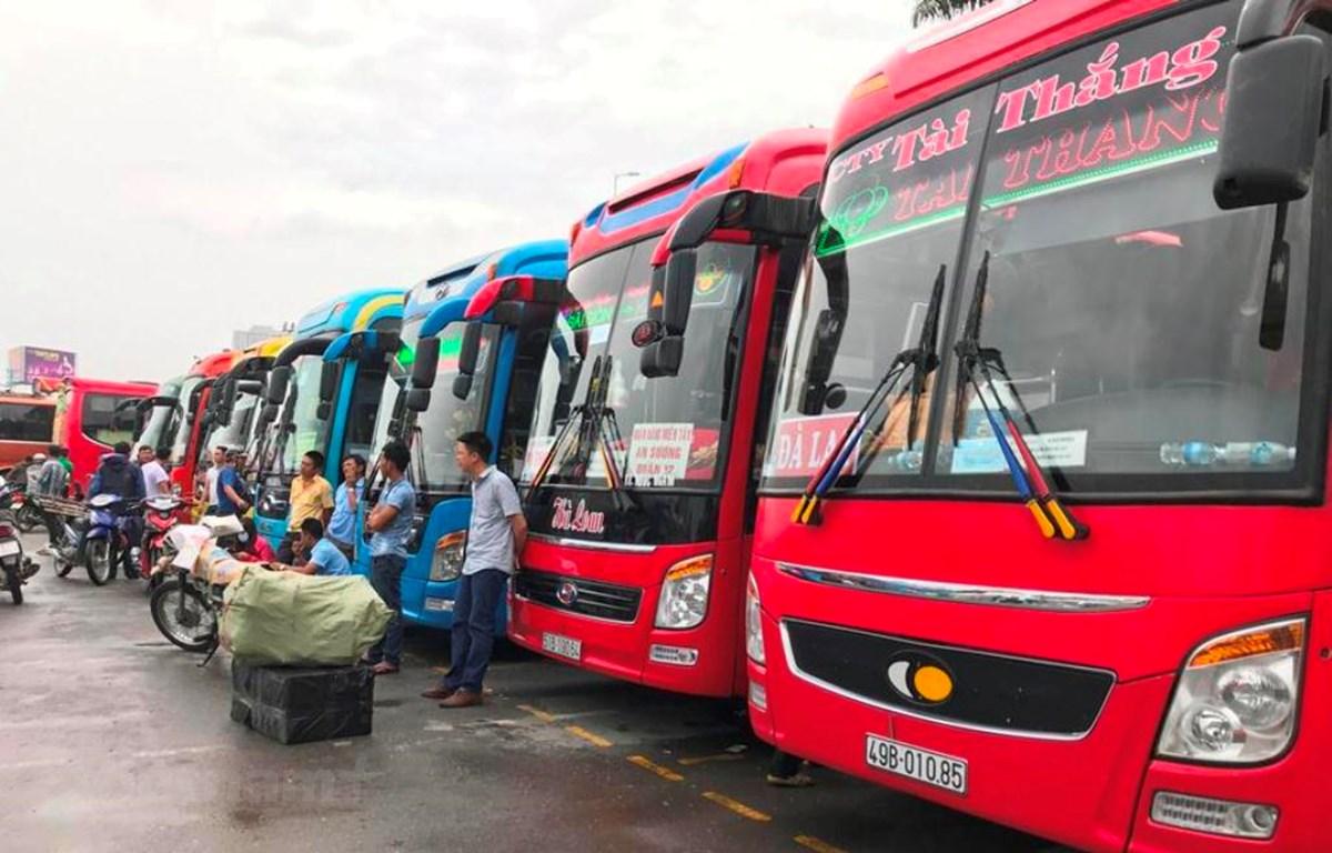 Các đơn vị kinh doanh vận tải bằng xe ôtô trên địa bàn thành phố Hà Nội không kiểm tra sức khỏe lái xe sẽ bị tạm ngừng cấp phù hiệu. (Ảnh: Việt Hùng/Vietnam+)