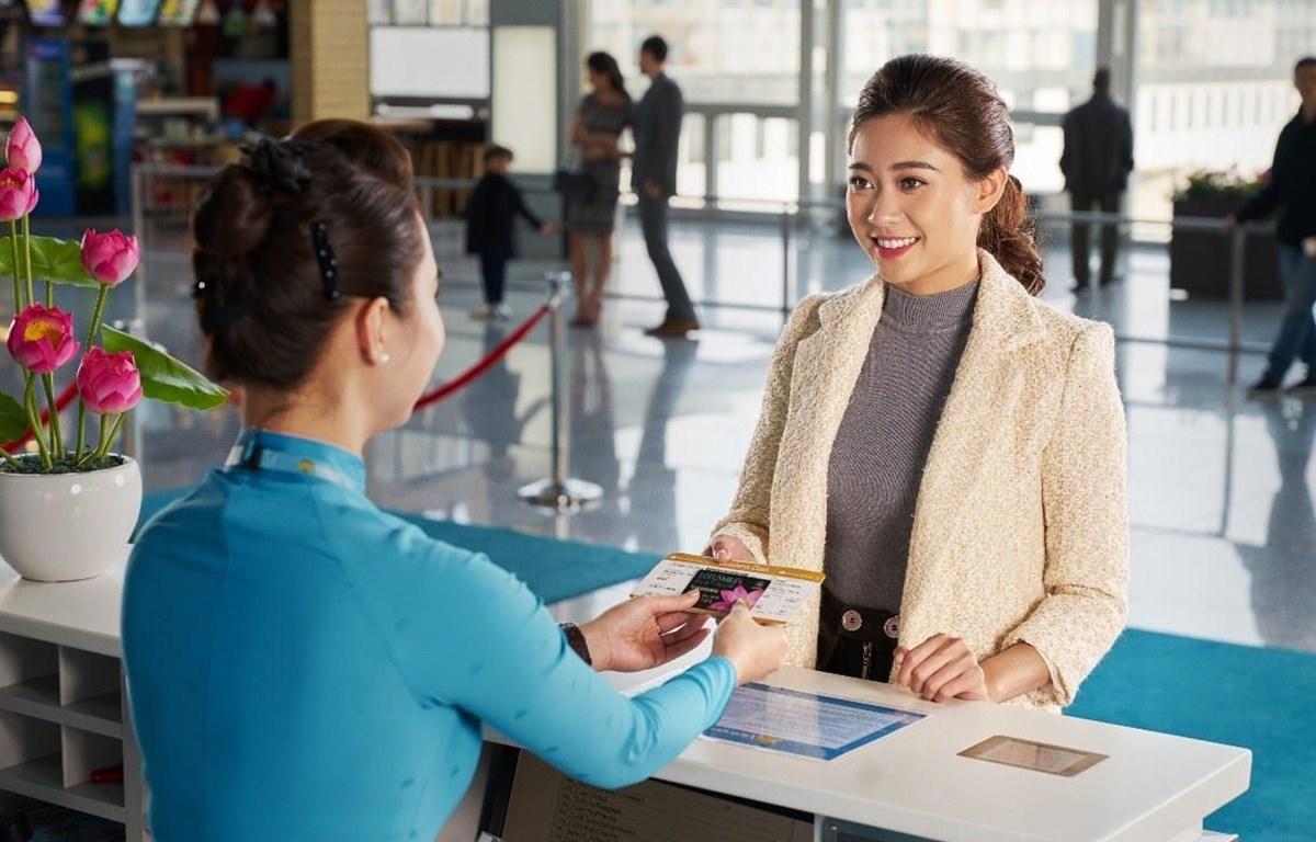 Chương trình mua vé bằng tiền và dặm lần đầu tiên được Vietnam Airlines giới thiệu. (Ảnh: CTV/Vietnam+)