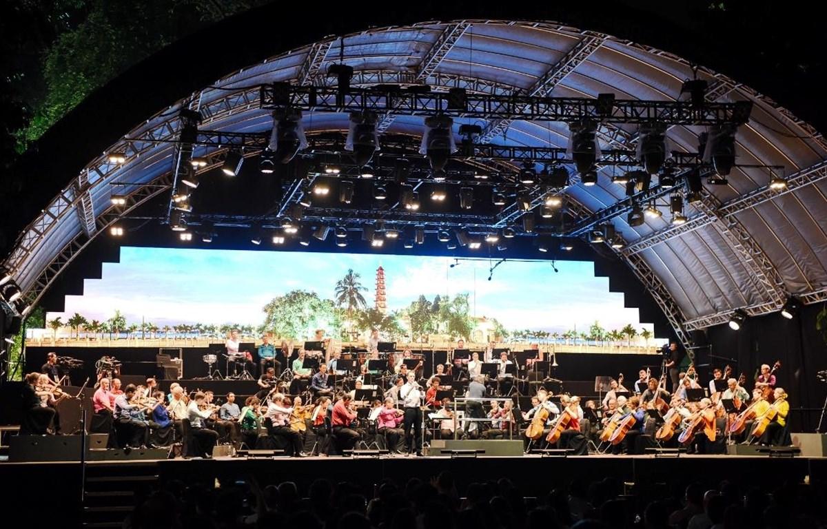 Dàn nhạc Giao hưởng London đã trình diễn tại Hà Nội 3 năm liên tiếp gần đây. (Ảnh: CTV/Vietnam)