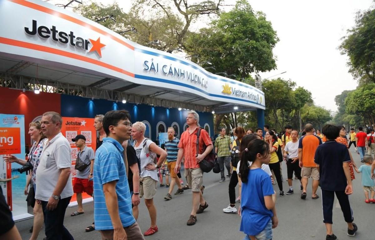 Phố đi bộ hồ Hoàn Kiếm, Hà Nội sẽ là nơi người dân và du khách tìm hiểu về nét văn hóa, du lịch tỉnh Tây Ninh tại sự kiện Vietnam Airlines Festa tháng Chín. (Ảnh: CTV/Vietnam+)