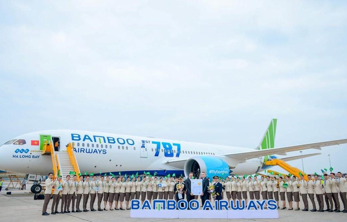 Bamboo Airways chính thức nhận chứng nhận đánh giá an toàn khai thác trong chiều 3/1 tại cảng hàng không quốc tế Nội Bài. (Ảnh: CTV/Vietnam+)