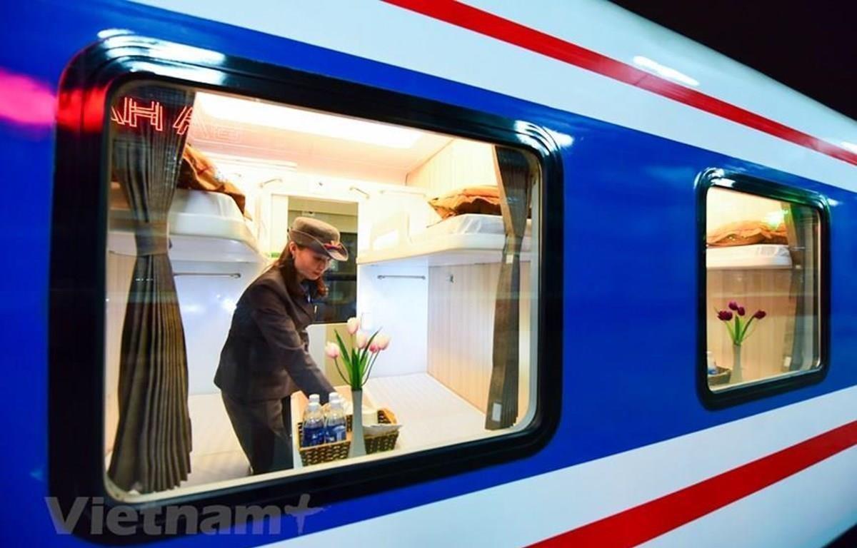 Đoàn tàu 5 sao của Tổng công ty Đường sắt Việt Nam đưa vào khai thác đã nhận được nhiều khen ngợi của hành khách đi tàu. (Ảnh: Minh Sơn/Vietnam+)
