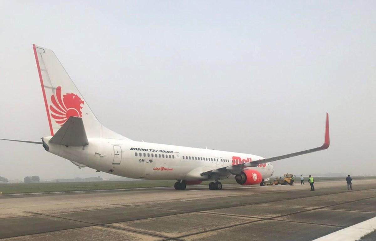 Máy bay B737-900 của hãng hàng không Malindo Air hạ cánh an toàn tại sân bay Nội Bài. (Ảnh: Cảng hàng không quốc tế Nội Bài cung cấp)