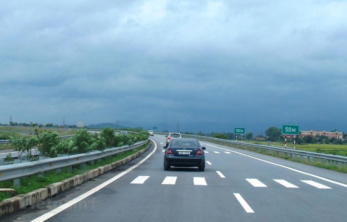 Năm dự án cao tốc Bắc-Nam sẽ cần phải vay vốn tín dụng để cùng với nhà đầu tư triển khai. (Ảnh: Việt Hùng/Vietnam+)