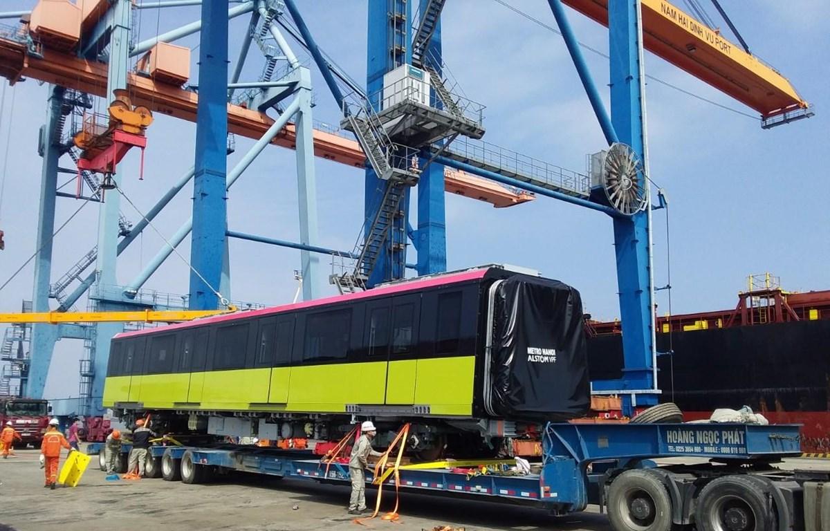 Đoàn tàu metro Nhổn-ga Hà Nội thứ hai đã về tới Việt Nam. (Ảnh: Ban quản lý đường sắt đô thị Hà Nội cung cấp)