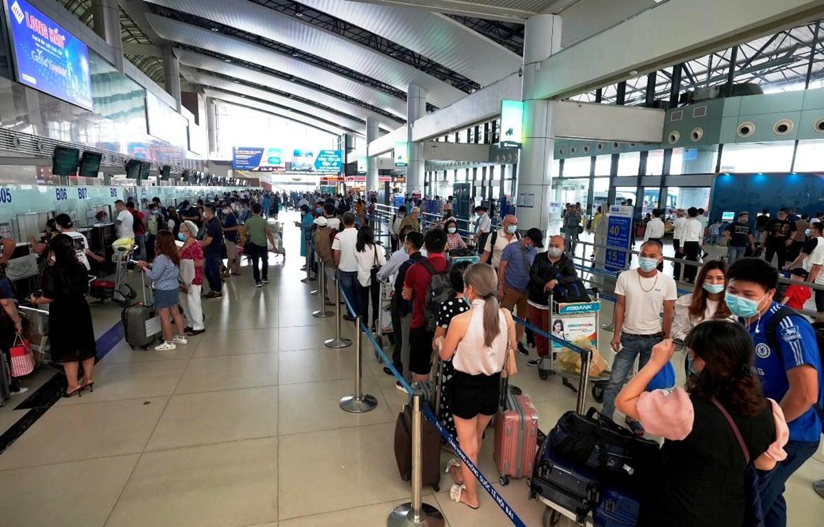 Các hãng hàng không phải hoàn trả giá dịch vụ sân bay khi khách hủy vé bay. (Ảnh: CTV/Vietnam+)