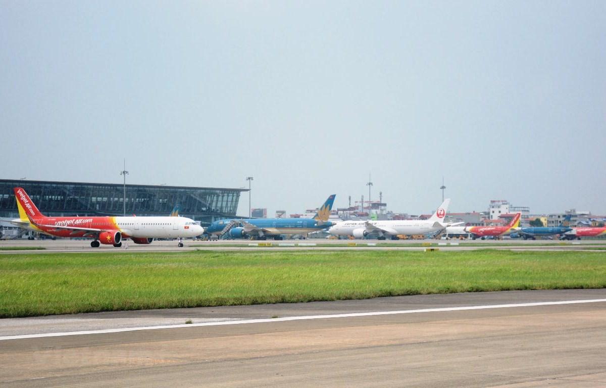 Máy bay của các hãng hàng không tại sân bay Nội Bài