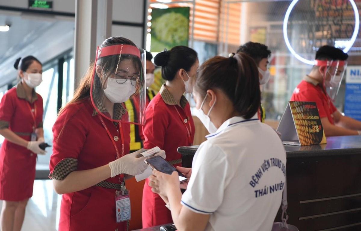 Vietjet đã đưa ra chính sách để giữ nhân tài, duy trì mức lương và phụ cấp cho người lao động nhằm chuẩn bị cho thời kì phục hồi hậu COVID-19. (Ảnh: CTV/Vietnam+)