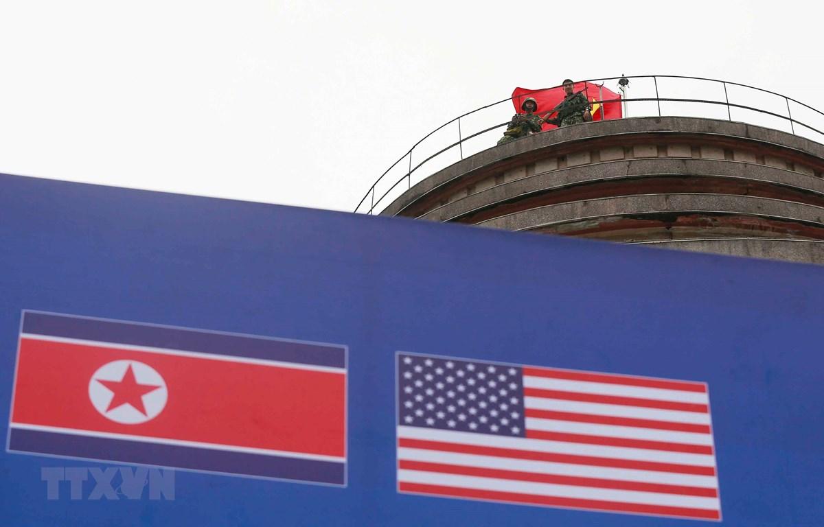 Lực lượng đặc công làm nhiệm trên các điểm cao đảm bảo an ninh tuyệt đối cho Hội nghị thượng đỉnh Mỹ - Triều Tiên lần thứ hai. (Ảnh: Doãn Tấn/TTXVN)