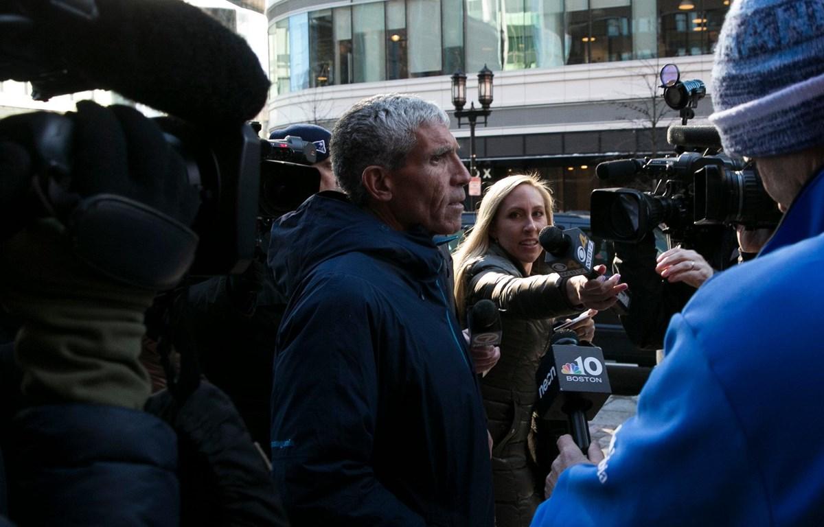 William Singer rời tòa án Boston ngày 12/3. (Nguồn: New York Times)
