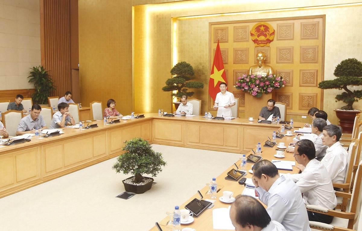 Một cuộc họp của Ban chỉ đạo phòng, chống rửa tiền dưới sự chủ trì của Phó Thủ tướng Vương Đình Huệ. (Ảnh: Lâm Khánh/TTXVN)
