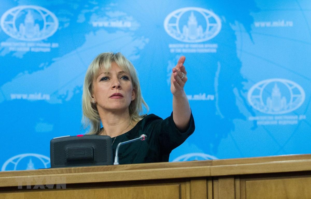 Người phát ngôn Bộ Ngoại giao Nga Maria Zakharova trong cuộc họp báo tại thủ đô Moskva. (Ảnh: THX/TTXVN)