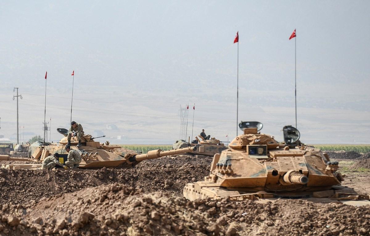 Binh sỹ Thổ Nhĩ Kỳ tham gia cuộc diễn tập tại cửa khẩu Habur ở biên giới Thổ Nhĩ Kỳ-Iraq. (Nguồn: AFP/TTXVN)