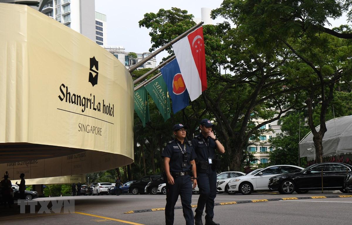 Bên ngoài khách sạn Shangri-La tại Singapore. (Nguồn: TTXVN phát)