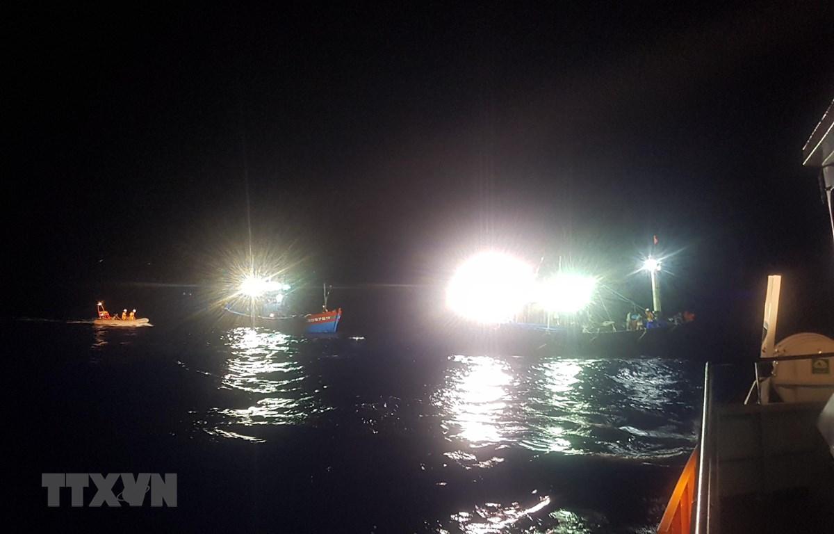 Cứu nạn tàu cá gặp nạn trên biển. Ảnh minh họa. (Nguồn: Xuân Nguyên/TTXVN)