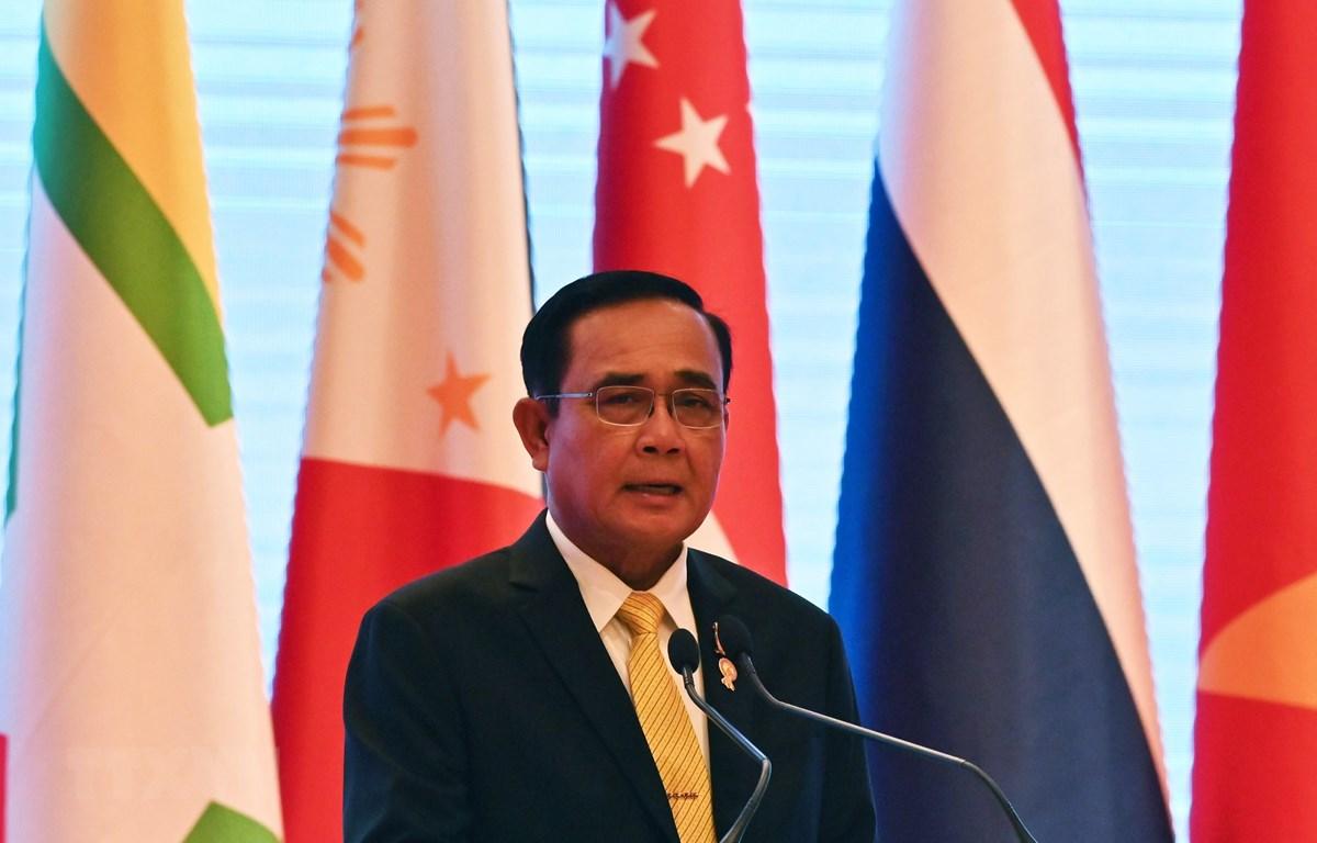 Thủ tướng Thái Lan Prayuth Chan-ocha tại cuộc họp báo về kết quả của Hội nghị Cấp cao Hiệp hội các quốc gia Đông Nam Á (ASEAN) lần thứ 34 ở Bangkok, Thái Lan ngày 23/6. (Ảnh: AFP/TTXVN)