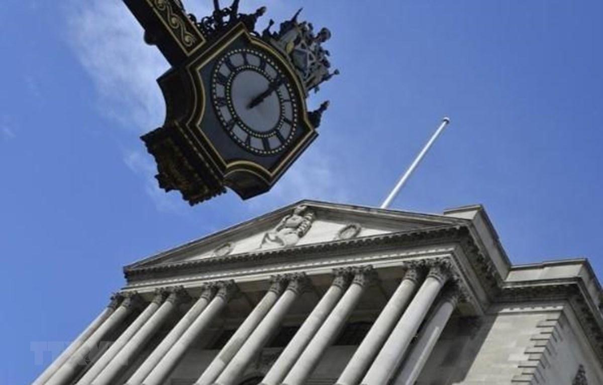 Trụ sở Ngân hàng Trung ương Anh ở London. (Ảnh: Reuters/TTXVN)