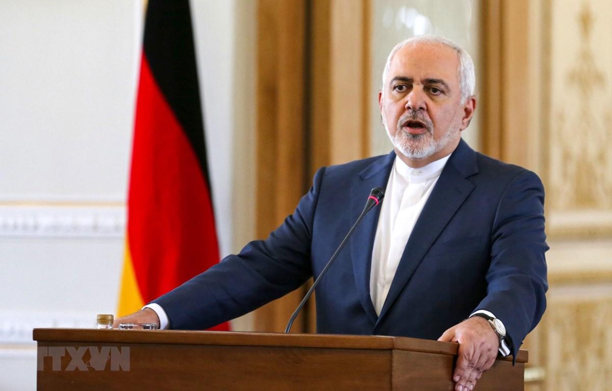 Ngoại trưởng Iran Mohammad Javad Zarif phát biểu tại cuộc họp báo ở Tehran ngày 10/6/2019. (Ảnh: AFP/TTXVN)