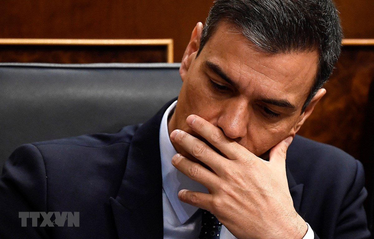 Quyền Thủ tướng Tây Ban Nha Pedro Sanchez sau cuộc bỏ phiếu tín nhiệm tại Quốc hội ở Madrid ngày 23/7. (Ảnh: AFP/TTXVN)