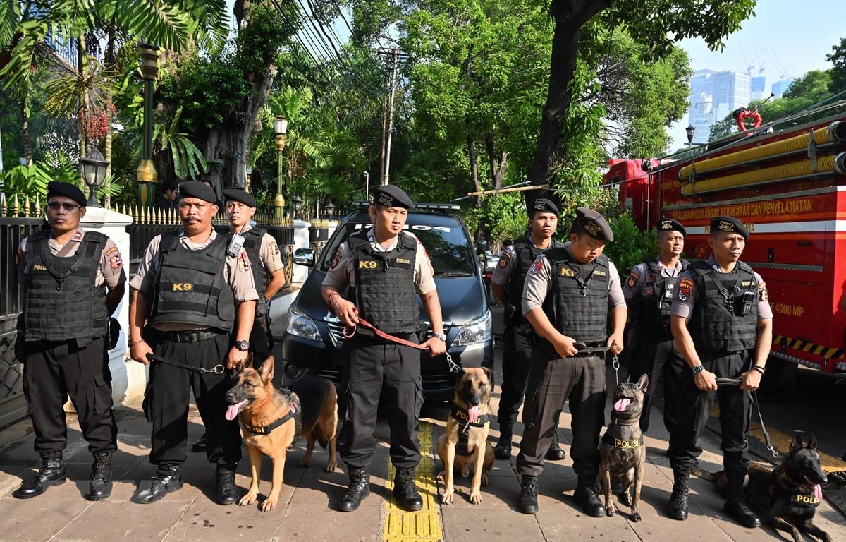 Cảnh sát Indonesia được triển khai tại Jakarta ngày 21/5/2019. (Ảnh: AFP/ TTXVN)