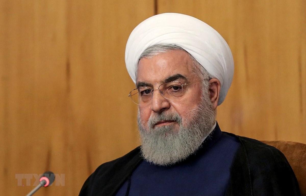 Tổng thống Iran Hassan Rouhani chủ trì cuộc họp nội các tại Tehran ngày 24/7/2019. (Ảnh: AFP/TTXVN)