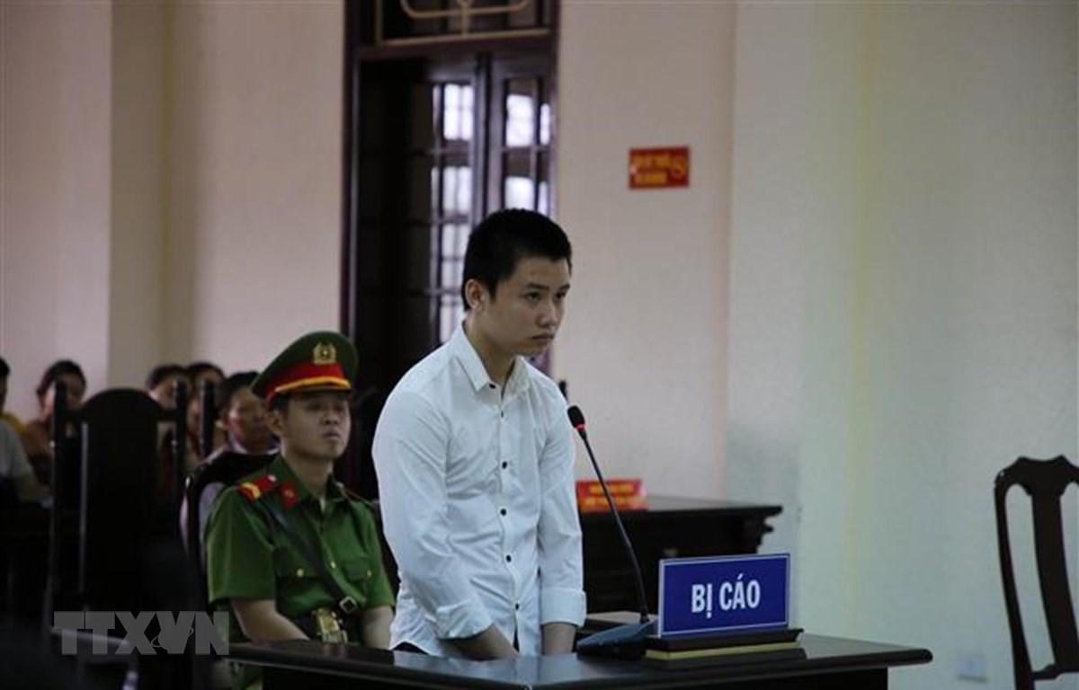 Bị cáo Lê Văn Hoài trong phiên tòa sơ thẩm. (Ảnh: Thanh Thủy/TTXVN)
