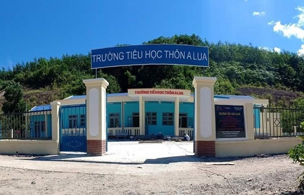 Công trình Trường Tiểu học thôn Alua dành cho con em người dân tộc thiểu số C'tu sinh sống tại xã Dang, huyện Tây Giang, tỉnh Quảng Nam chính thức đưa vào sử dụng từ năm học 2019-2020. (Ảnh: TTXVN)