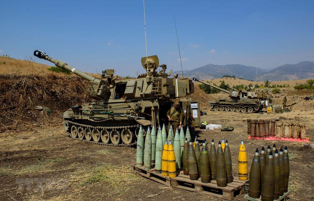Các đơn vị pháo binh Israel được triển khai tại Thượng Galilee, giáp giới Liban ngày 1/9/2019. (Ảnh: THX/TTXVN)