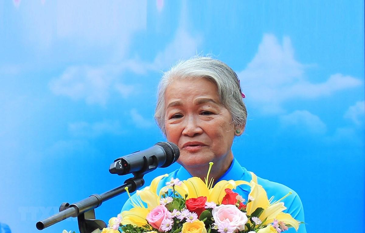 Nữ họa sỹ Đặng Ái Việt. (Ảnh: Xuân Khu/TTXVN)