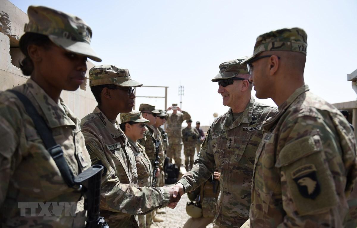 Binh sỹ Mỹ tại căn cứ quân sự ở Lashkar Gah, tỉnh Helmand, Afghanistan, ngày 29/4/2017. (Ảnh: AFP/TTXVN)