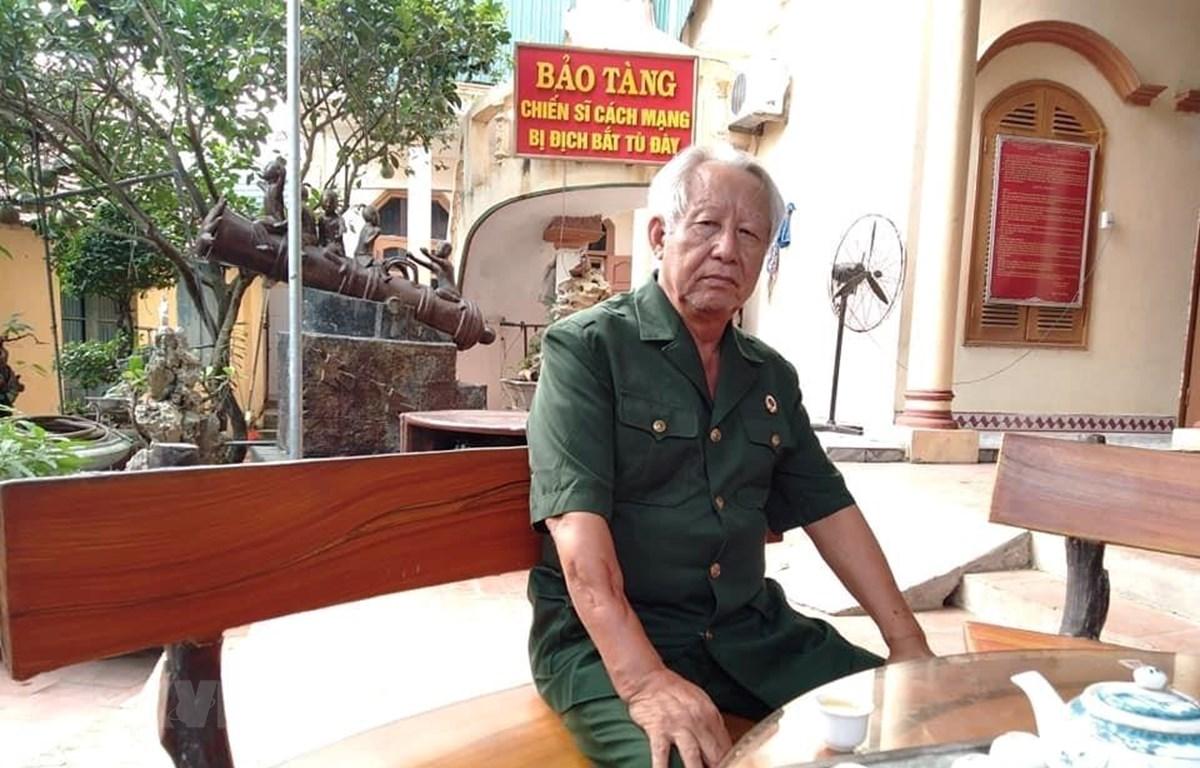 Ông Lâm Văn Bảng, Giám đốc Bảo tàng Chiến sỹ cách mạng bị địch bắt tù đày tại thôn Nam Quất, xã Nam Triều, huyện Phú Xuyên, thành phố Hà Nội. (Ảnh: Tuyết Mai/TTXVN)