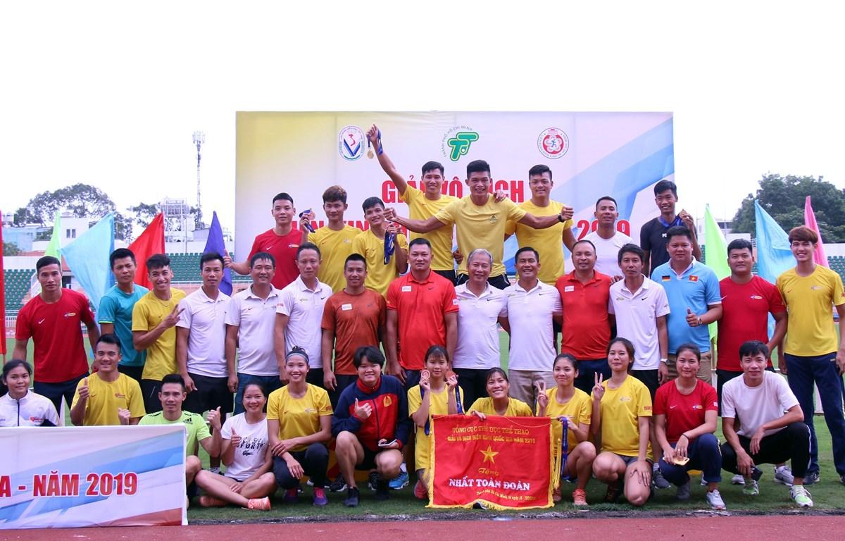 Đoàn Quân đội giành ngôi nhất toàn đoàn tại Giải vô địch điền kinh quốc gia năm 2019. (Ảnh: Tiến Lực/TTXVN)