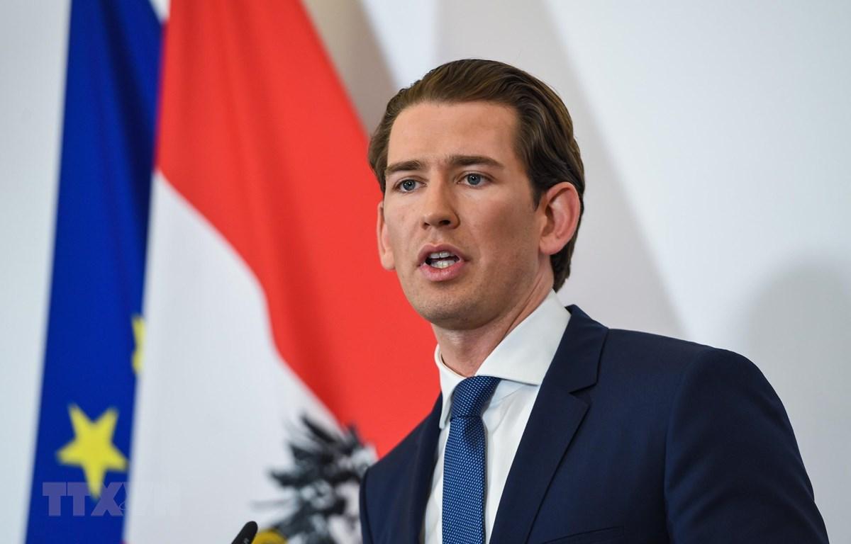 Đảng ÖVP bảo thủ của cựu Thủ tướng Áo Sebastian Kurz giành chiến thắng vang dội đang dẫn đầu trong cuộc bầu cử quốc hội trước hạn. (Ảnh: THX/TTXVN)