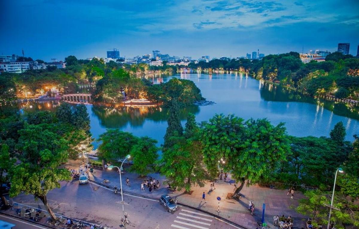 Hà Nội - Thủ đô khởi nghiệp, Thành phố vì hòa bình. (Ảnh: Trọng Đạt/TTXVN)
