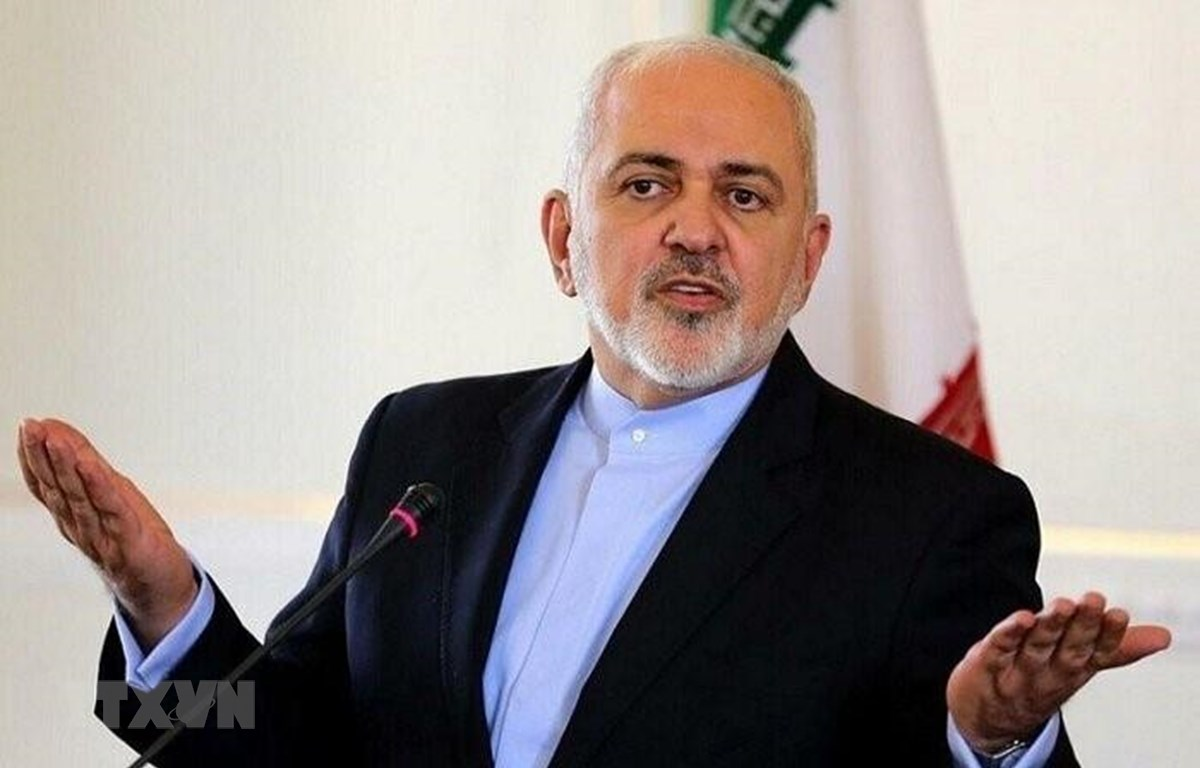 Ngoại trưởng Iran Mohammad Javad Zari tại cuộc họp báo ở Tehran, Iran. (Ảnh: IRNA/TTXVN)