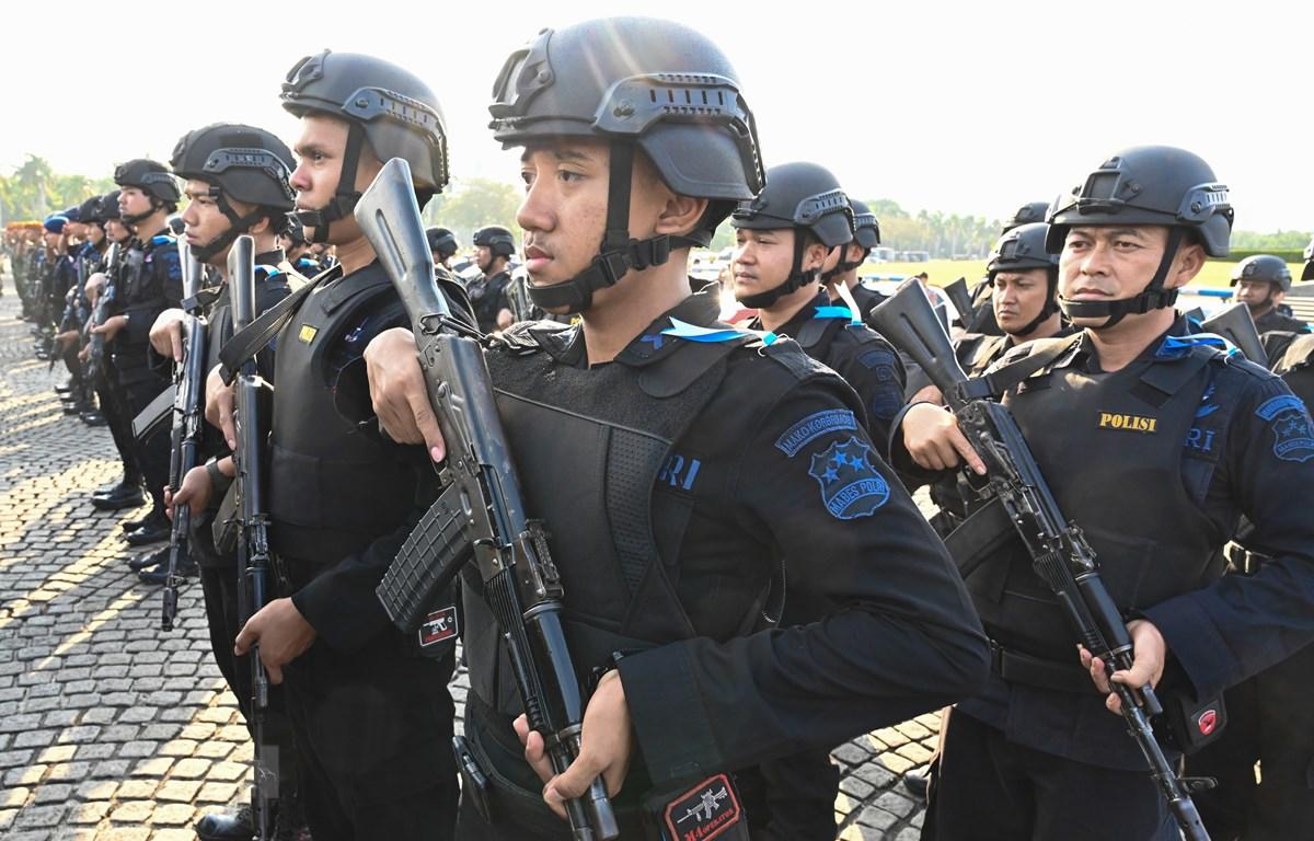 Indonesia tăng cường an ninh để bảo vệ lễ nhậm chức của Tổng thống Joko Widodo. (Nguồn: AFP/TTXVN)