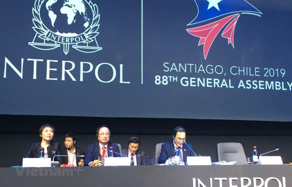 Thứ trưởng Bộ Công an Nguyễn Văn Thành tham dự kỳ họp lần thứ 88 Đại hội đồng Interpol (Ảnh: Hoài Nam/Vietnam+)