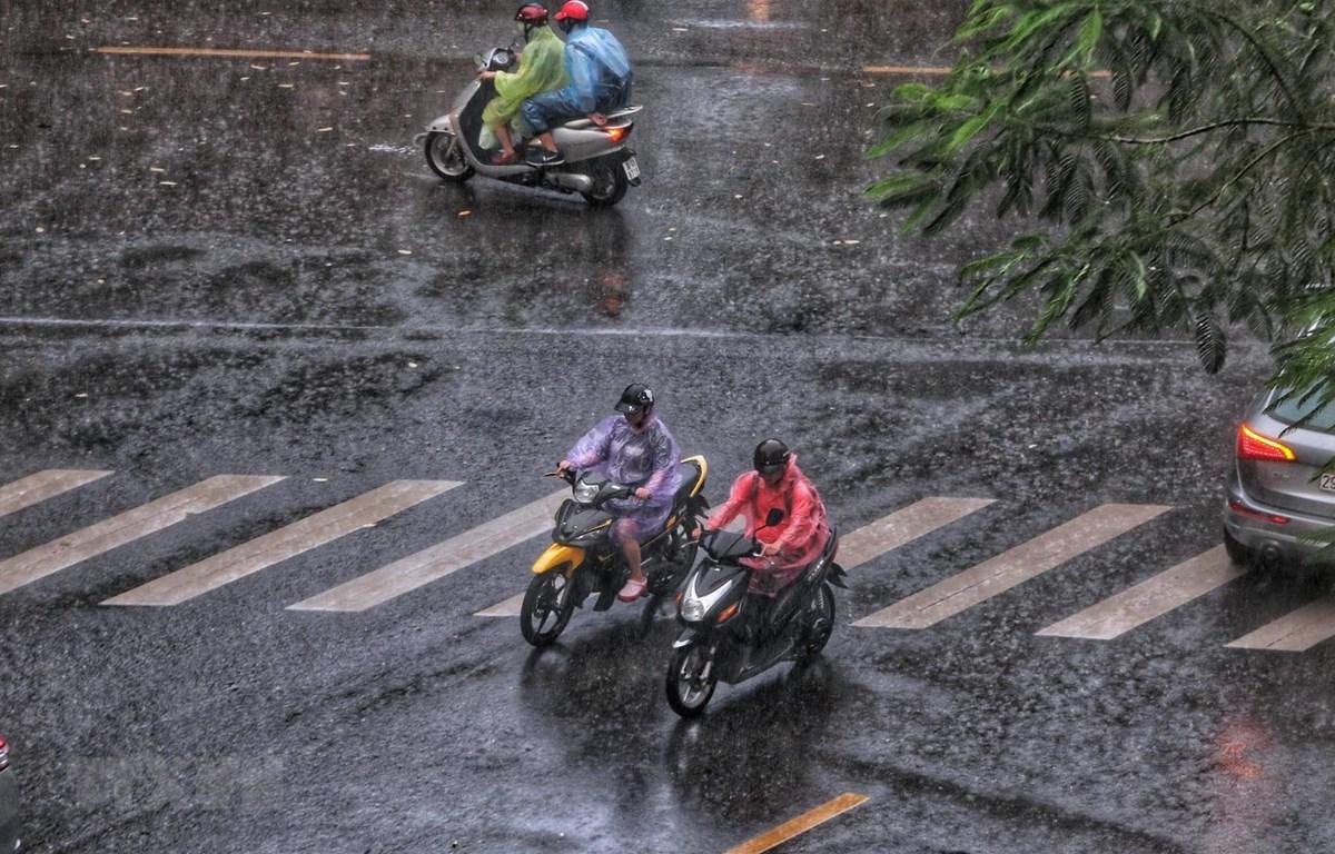 Không khí lạnh có thể gây mưa dông tại các tỉnh Bắc Bộ. (Ảnh: Thành Đạt/TTXVN )