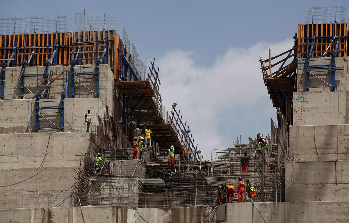 Công trường xây dựng đập thủy điện Đại phục hưng gần biên giới Sudan - Ethiopia, ngày 31/3/2015. (Ảnh: AFP/TTXVN)