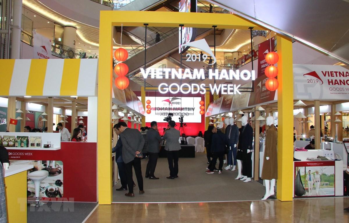 Khu hàng Việt Nam tại Trung tâm Thương mại Lotte ở Seoul. (Ảnh: Hữu Tuyên/TTXVN)