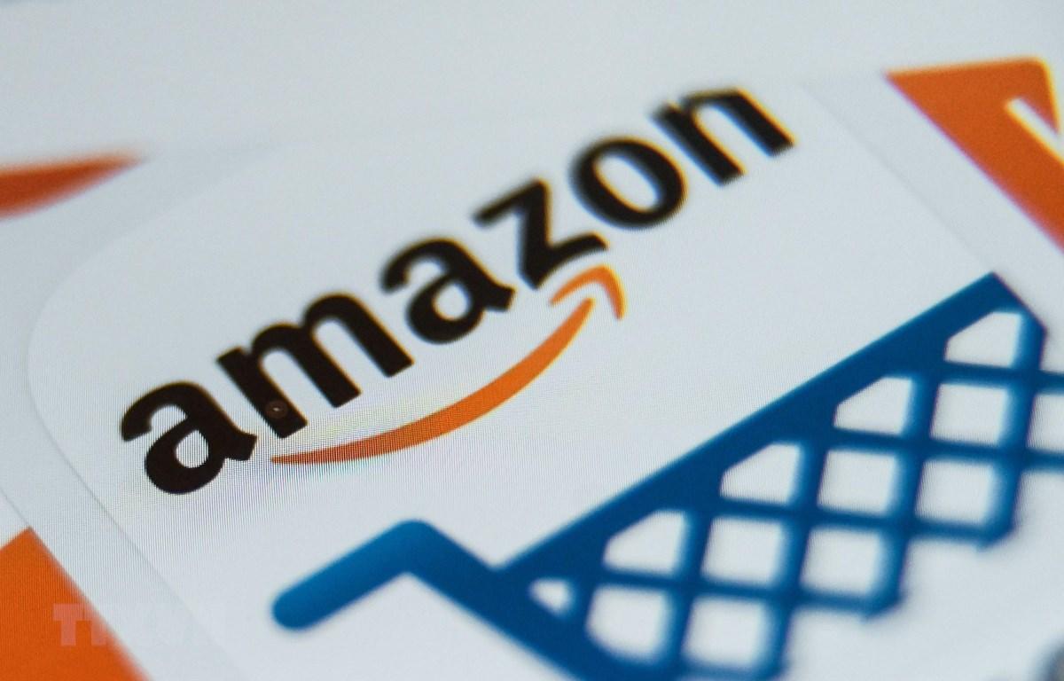 Biểu tượng của Tập đoàn Amazon. (Ảnh: AFP/TTXVN)