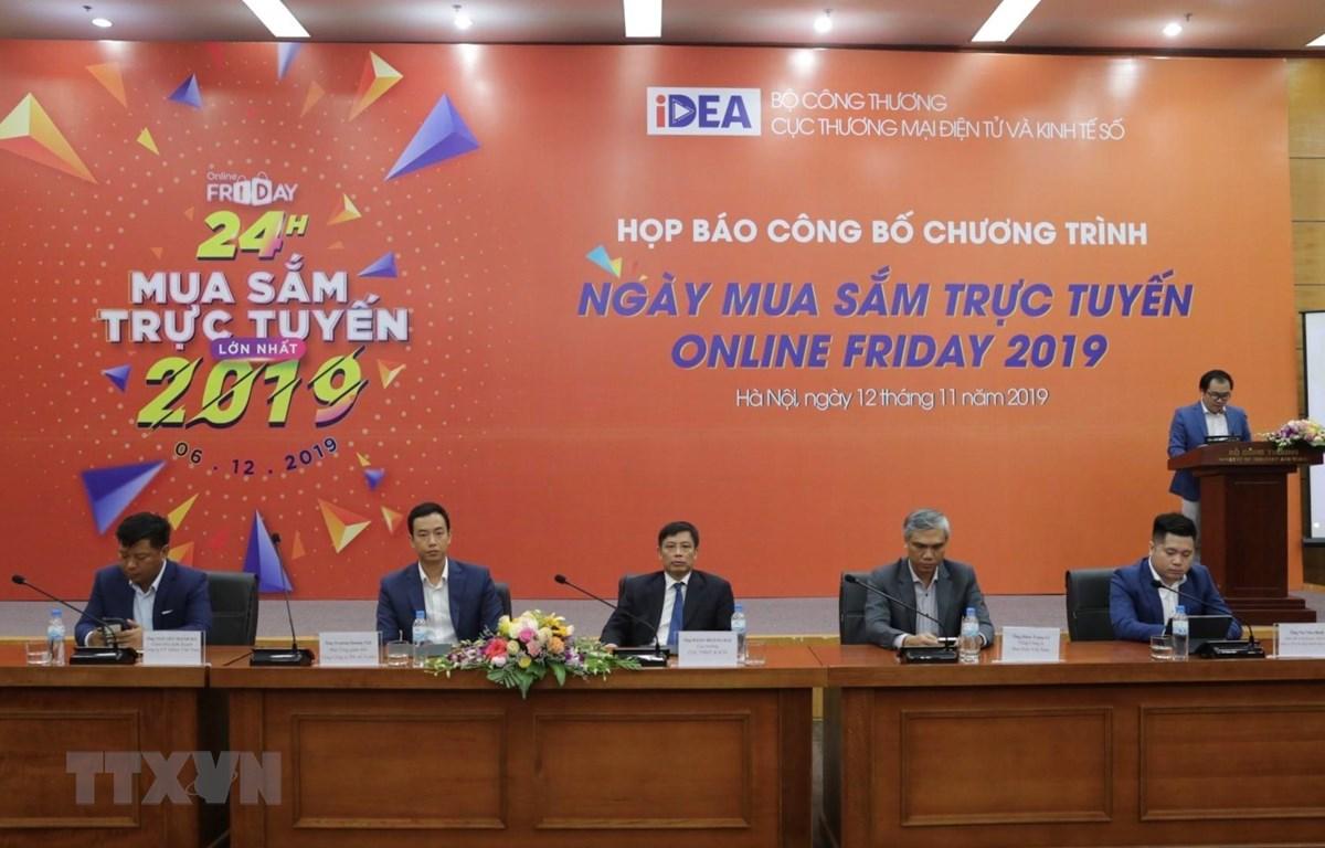 """Họp báo Ngày mua sắm trực tuyến """"Online Friday"""" 2019. (Ảnh: Trần Việt/TTXVN)"""