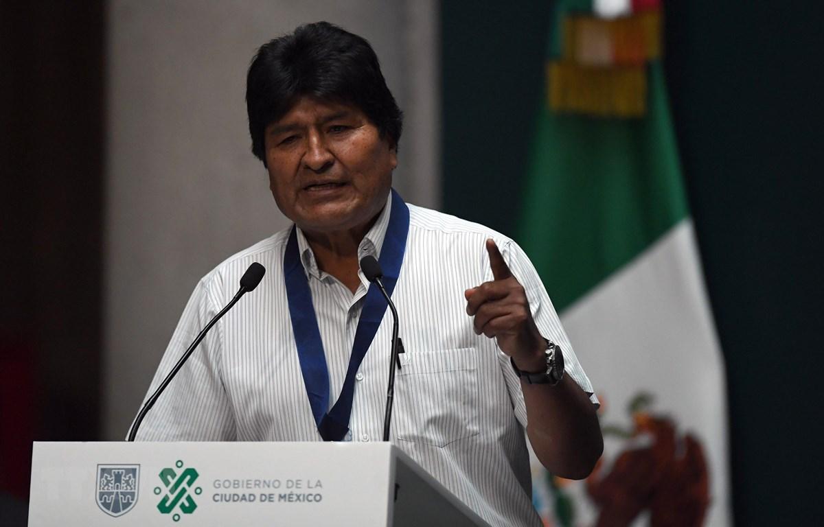 Cựu Tổng thống Bolivia Evo Morales tại cuộc họp báo ở Mexico City, Mexico ngày 13/11/2019. (Ảnh: AFP/TTXVN)
