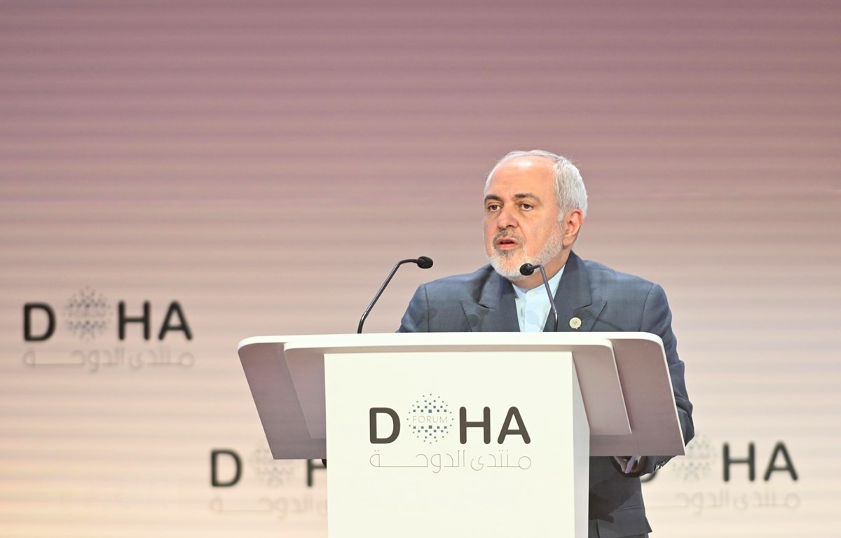 Ngoại trưởng Iran Mohammad Javad Zarif phát biểu tại diễn đàn Doha ở Qatar ngày 15/12/2019. (Ảnh: AFP/TTXVN)