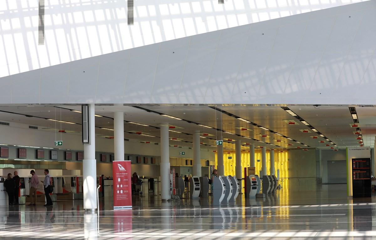 Cảnh vắng vẻ tại sân bay ở Canberra, Australia, ngày 16/3/2020, trong bối cảnh dịch COVID-19 lan rộng. (Ảnh: THX/TTXVN)