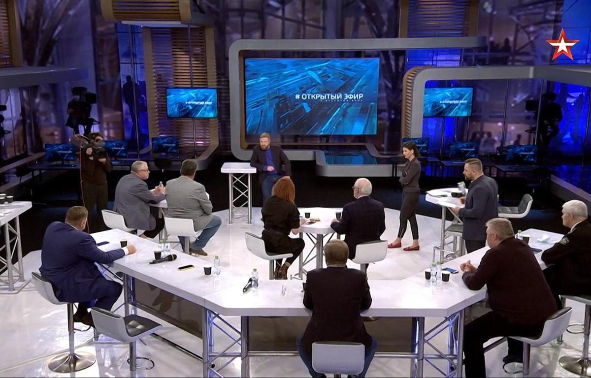 Toàn cảnh talk show trên kênh truyền hình Ngôi sao của Nga. (Ảnh chụp màn hình)