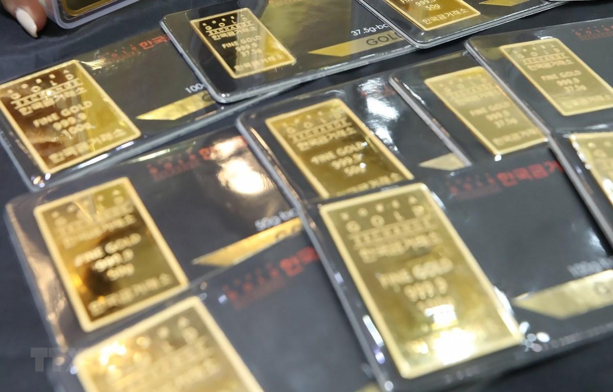 Vàng miếng tại một sàn giao dịch ở Seoul, Hàn Quốc. (Ảnh: Yonhap/TTXVN)