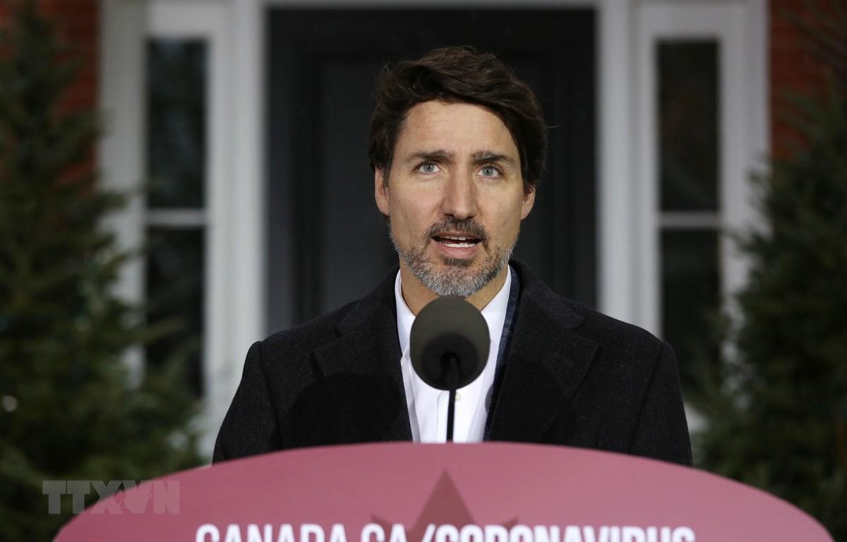 Thủ tướng Justin Trudeau tại cuộc họp báo về dịch COVID-19 ở Ottawa, Canada. (Ảnh: AFP/TTXVN)